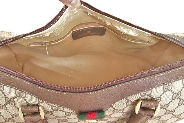 オールドグッチ シェリーラインの内側交換|<p>バッグを解体し高級感のあるシャンタン生地で内張り交換しました。もちろん革タグも再使用可能です。</p>