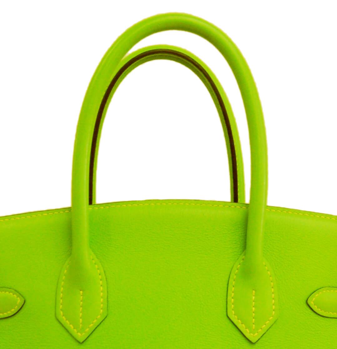 ボリードアップルグリーンの色修復|<p>特殊な色だからと他店で断られ続けて当店にたどり着いたお客様。当店色修復の約半数はエルメス製品なので、アップルグリーンでも問題なく承れます。</p>